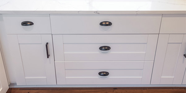 Anchester White Cabinets & Vanities