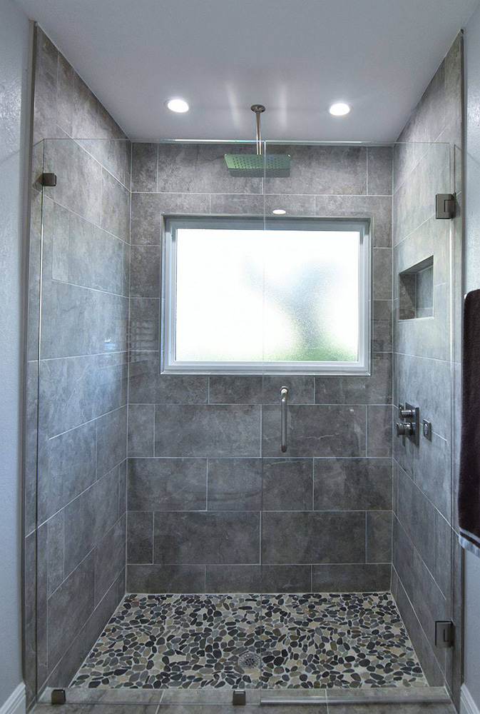 Frameless Glass Shower